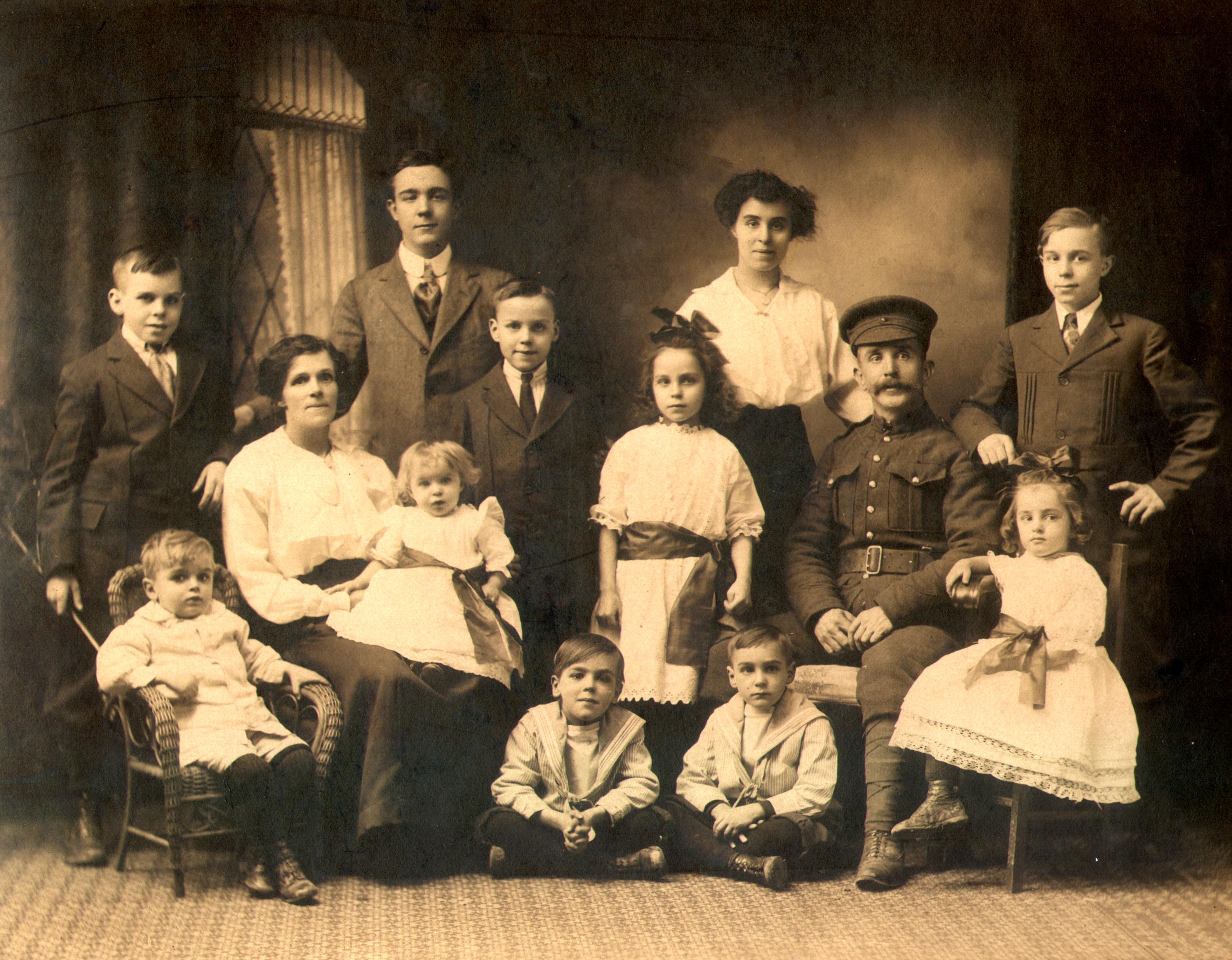 Sambell, Francis Poole & family 1918